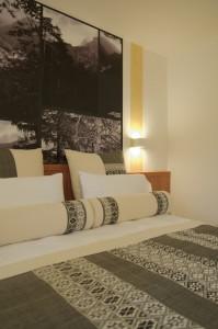 hotel isolabella art room