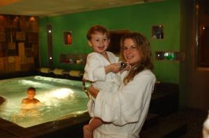 Hotel Isolabella - piscina relax idromassaggio