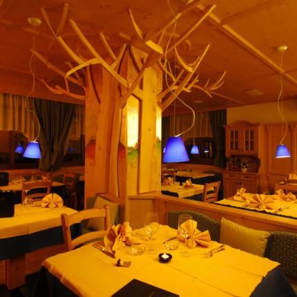 Hotel Isolabella - ristorante - Sala Albero