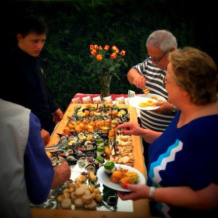 Hotel Isolabella - aperitivo in giardino - estate