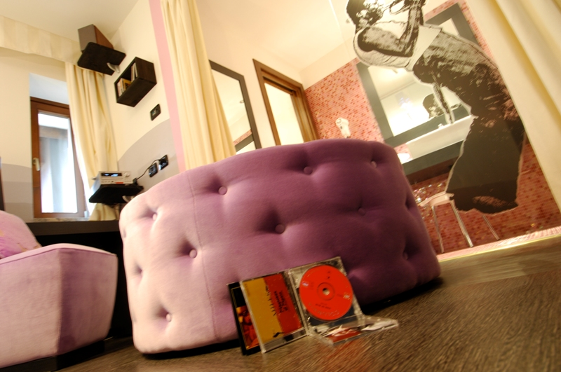 Hotel Isolabella - Music Room